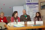 """Diskusijas dalībnieki: Lesly Varner no """"Līdsas Attīstības izglītības centra"""" Lielbritānijā, Kristyna Hrubanova no """"Sabiedrības par godīgu tirdzniecību"""" Čehijā, Jānis Ķirpītis no GLEN Latvija, Inita Juhņeviča no LR Izglītības un zinātnes ministrijas"""