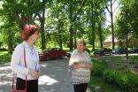 Project`s coordinator Inguna Irbite wishes good luck to Irenai Abeltina for organizing activities