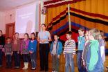 """Dita Grigore 2. un 3.klases skolēnus iepazīstina ar nodarbības tēmu - """"Veselīgs uzturs Latvijā un Āfrikas valstīs"""""""